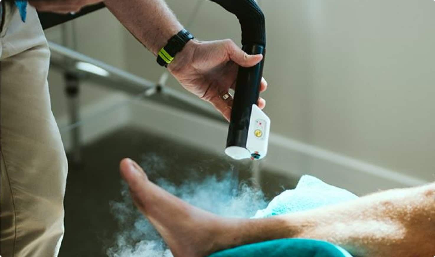 cryotherapy vs ice packs